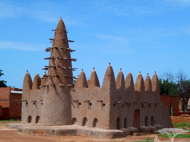 A Burkinabè Mosque made of mud