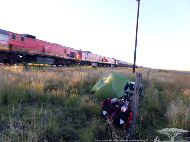 Wild Camping next to a train track - Choo Choo...all night