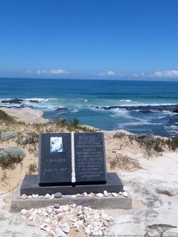 Memorial to Shelley at Shelley beach, Kenton-on-Sea