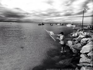 Catching baitfish in Struisbaai harbour